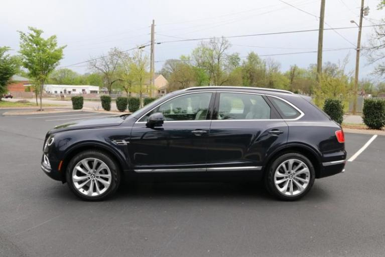 Used 2018 Bentley Bentayga Onyx Edition AWD 4dr SUV for sale Sold at Auto Collection in Murfreesboro TN 37130 7