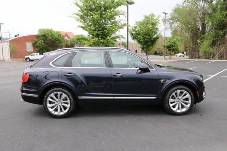 Used 2018 Bentley Bentayga Onyx Edition AWD 4dr SUV for sale Sold at Auto Collection in Murfreesboro TN 37130 8