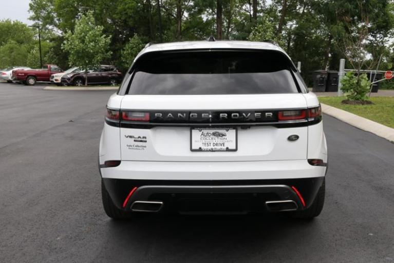 Used 2018 Land Rover Range Rover Velar R-DYNAMIC HSE for sale Sold at Auto Collection in Murfreesboro TN 37130 6
