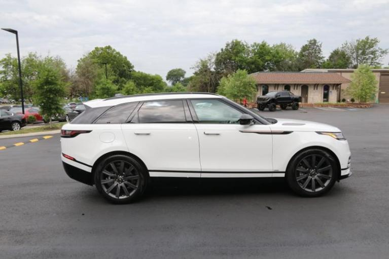 Used 2018 Land Rover Range Rover Velar R-DYNAMIC HSE for sale Sold at Auto Collection in Murfreesboro TN 37130 8