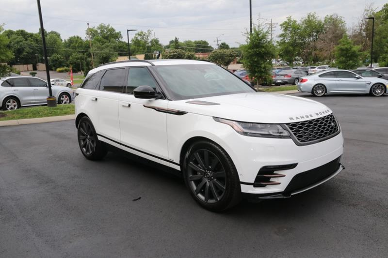 Used 2018 Land Rover Range Rover Velar R-DYNAMIC HSE for sale Sold at Auto Collection in Murfreesboro TN 37130 1