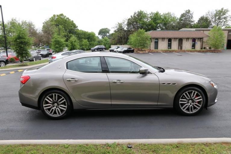 Used 2017 Maserati Ghibli S Q4 AWD 4dr Sedan for sale Sold at Auto Collection in Murfreesboro TN 37130 8