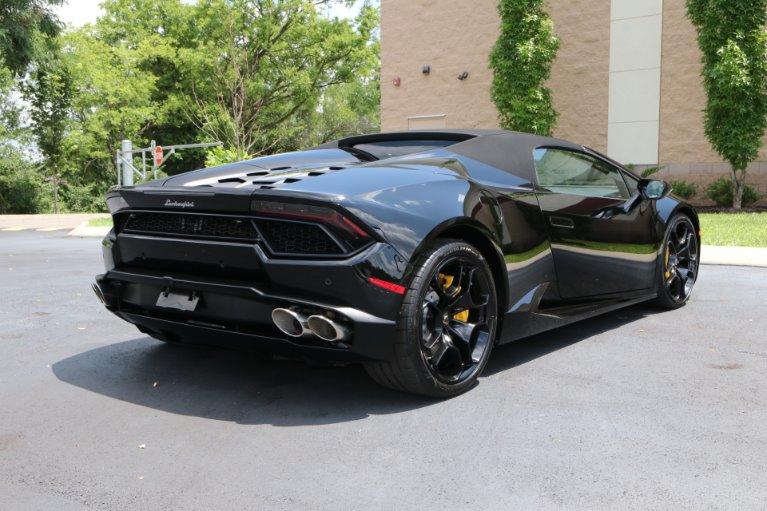 Used 2017 Lamborghini Huracan LP 580-2 Spyder for sale Sold at Auto Collection in Murfreesboro TN 37130 3