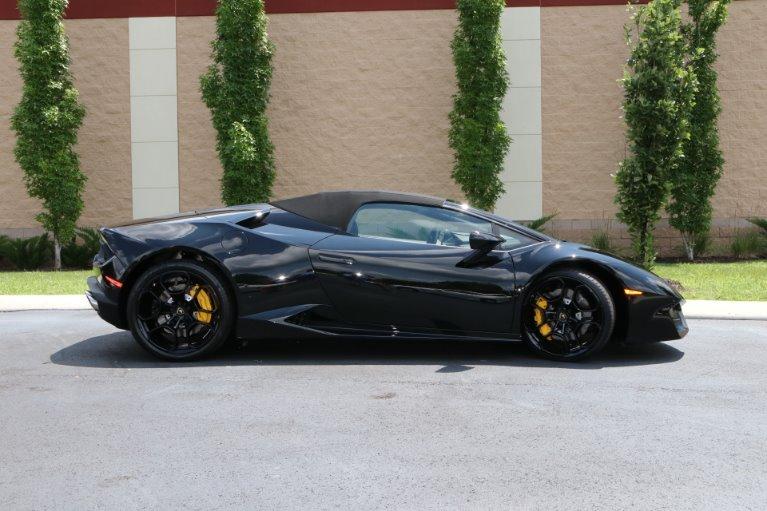 Used 2017 Lamborghini Huracan LP 580-2 Spyder for sale Sold at Auto Collection in Murfreesboro TN 37130 7