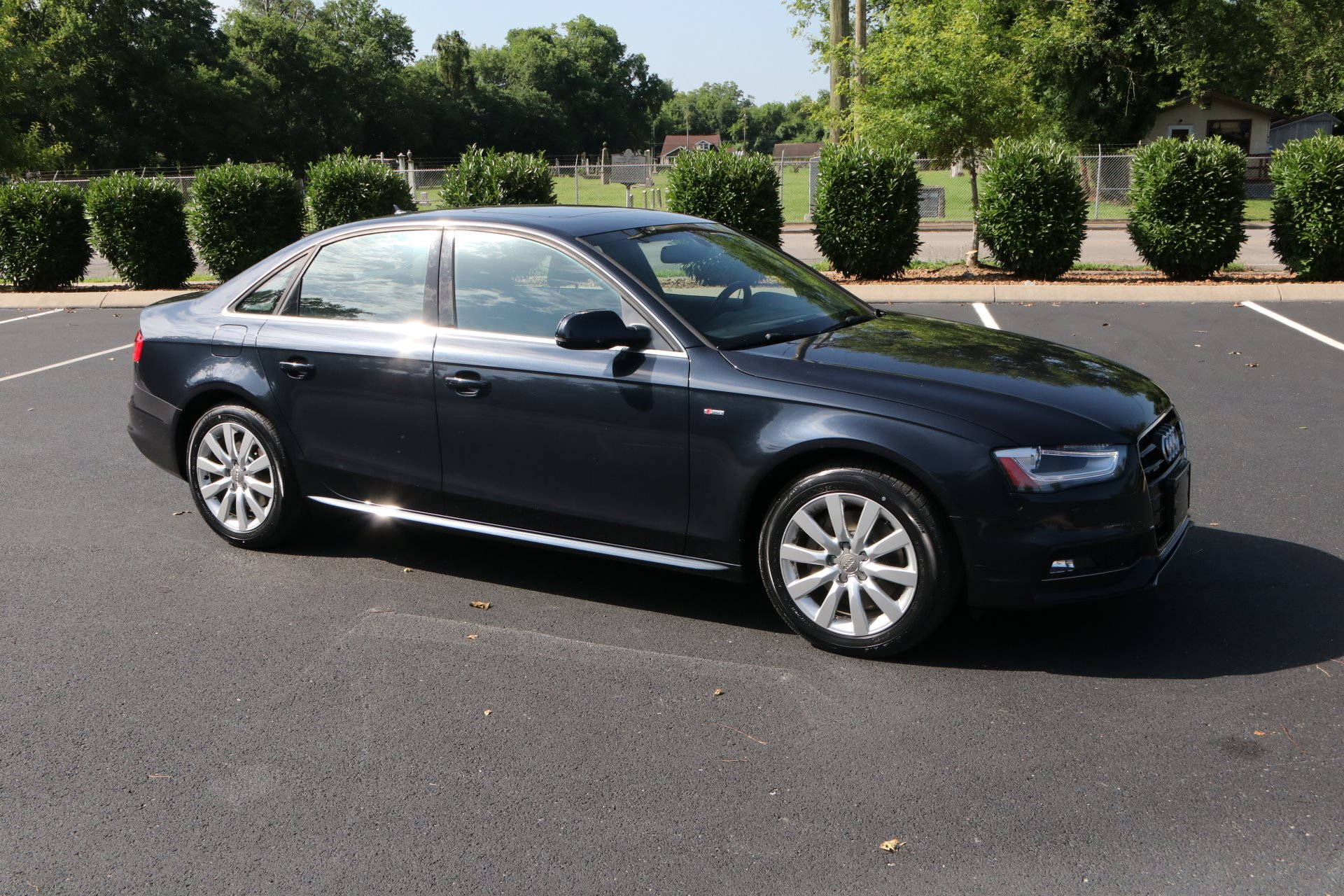Used 2015 Audi A4 2.0T quattro Premium for sale Sold at Auto Collection in Murfreesboro TN 37130 1
