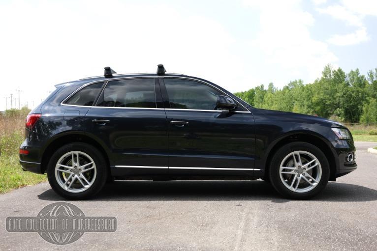 Used 2017 Audi Q5 2.0T quattro Premium Plus for sale Sold at Auto Collection in Murfreesboro TN 37130 8