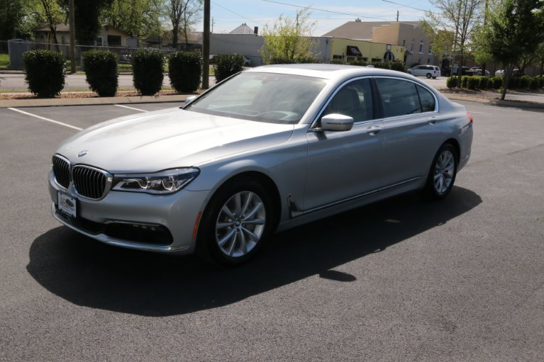 Used 2016 BMW 750XI AWD W/NAV 750i xDrive for sale Sold at Auto Collection in Murfreesboro TN 37130 2
