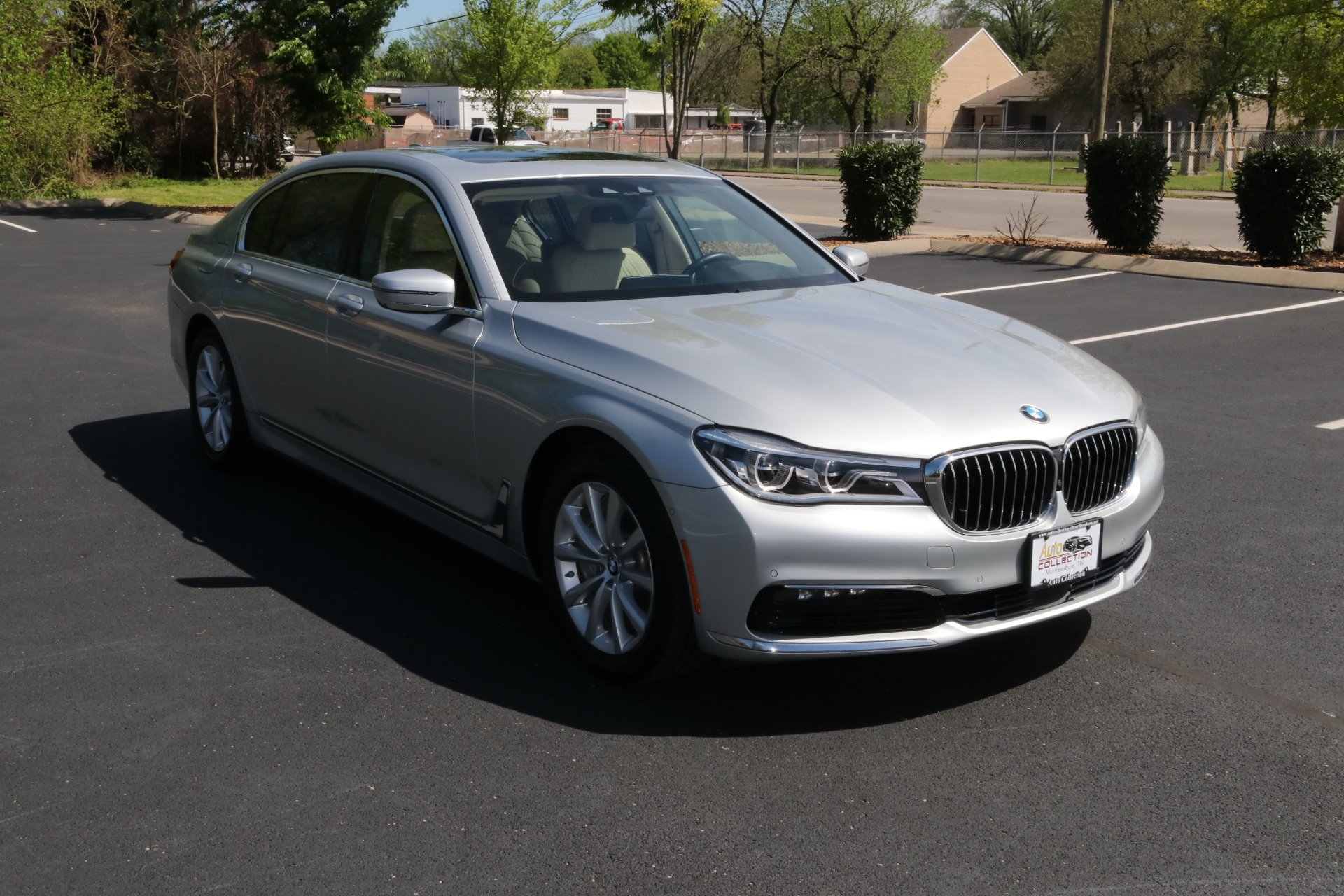 Used 2016 BMW 750XI AWD W/NAV 750i xDrive for sale Sold at Auto Collection in Murfreesboro TN 37130 1