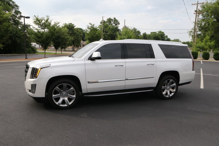 Used 2016 Cadillac Escalade ESV Luxury Collection for sale Sold at Auto Collection in Murfreesboro TN 37130 2