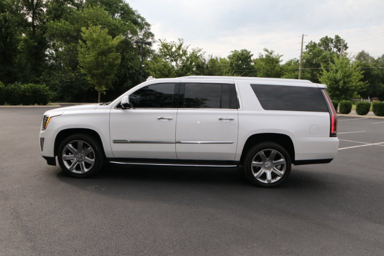 Used 2016 Cadillac Escalade ESV Luxury Collection for sale Sold at Auto Collection in Murfreesboro TN 37130 7