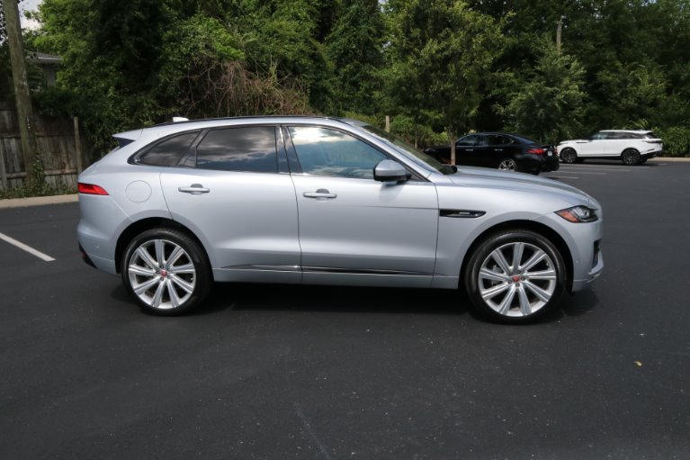 Used 2017 Jaguar F-PACE 35T R-SPORT AWD W/NAV 35t R-Sport for sale Sold at Auto Collection in Murfreesboro TN 37130 8