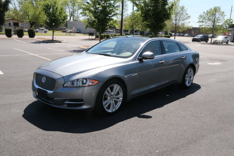 Used 2015 Jaguar XJL Portfolio for sale Sold at Auto Collection in Murfreesboro TN 37130 2