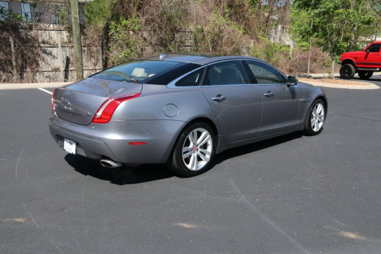 Used 2015 Jaguar XJL Portfolio for sale Sold at Auto Collection in Murfreesboro TN 37130 3