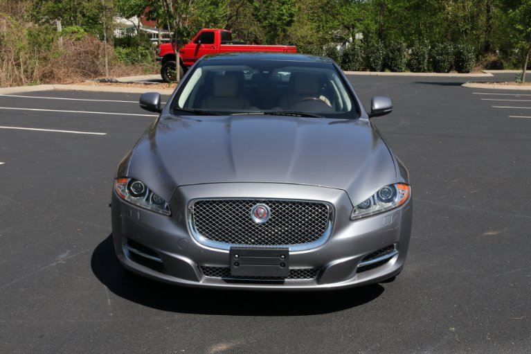 Used 2015 Jaguar XJL Portfolio for sale Sold at Auto Collection in Murfreesboro TN 37130 5