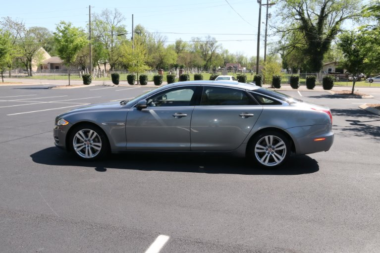 Used 2015 Jaguar XJL Portfolio for sale Sold at Auto Collection in Murfreesboro TN 37130 7