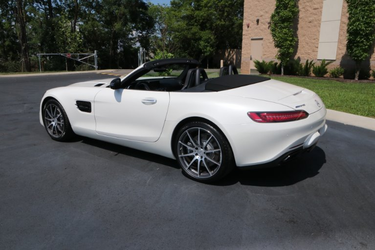 Used 2018 Mercedes-Benz AMG GT ROADSTER CONVERTIBLE W/Distronic Plus Pkg for sale $119,950 at Auto Collection in Murfreesboro TN 37130 4