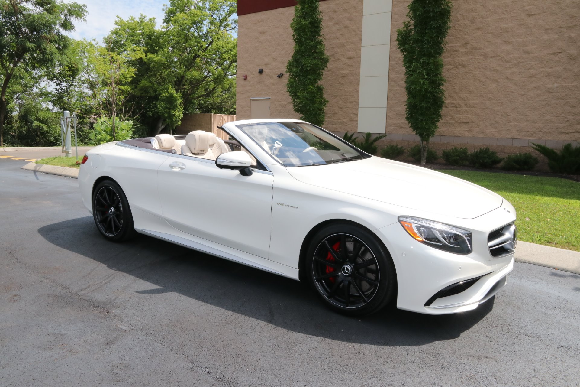 Used 2017 Mercedes-Benz S63 AMG Convertible AWD W/NAV AMG S 63 for sale Sold at Auto Collection in Murfreesboro TN 37129 1