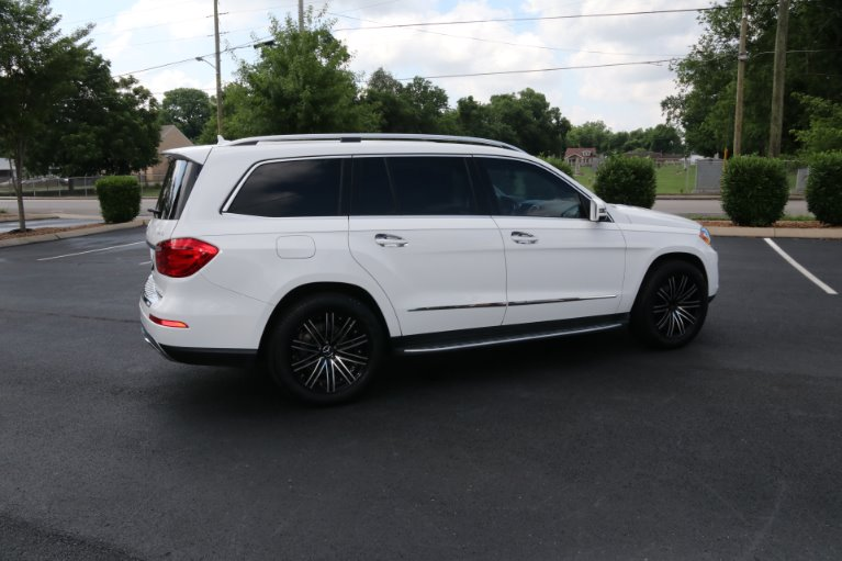 Used 2016 Mercedes-Benz GL-Class GL 450 4MATIC for sale Sold at Auto Collection in Murfreesboro TN 37130 3