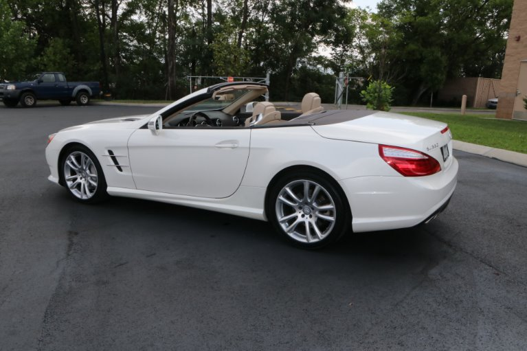 Used 2014 Mercedes-Benz SL-Class SL 550 for sale Sold at Auto Collection in Murfreesboro TN 37130 4
