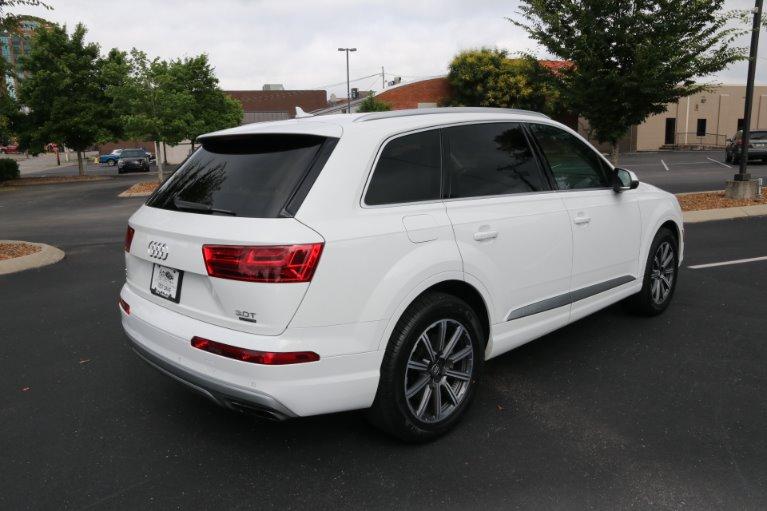 Used 2017 Audi Q7 3.0T quattro Premium Plus for sale Sold at Auto Collection in Murfreesboro TN 37130 3