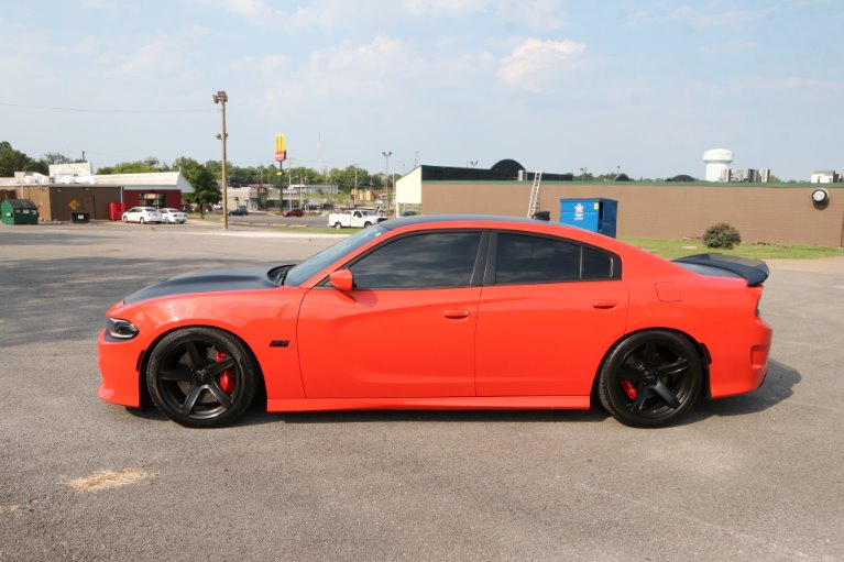Used 2018 Dodge Charger SRT 392 for sale Sold at Auto Collection in Murfreesboro TN 37130 7
