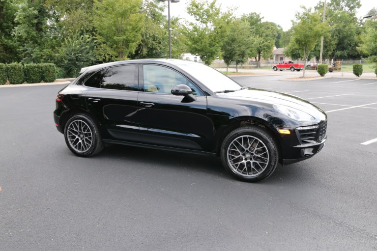 Used 2018 Porsche Macan for sale Sold at Auto Collection in Murfreesboro TN 37130 1