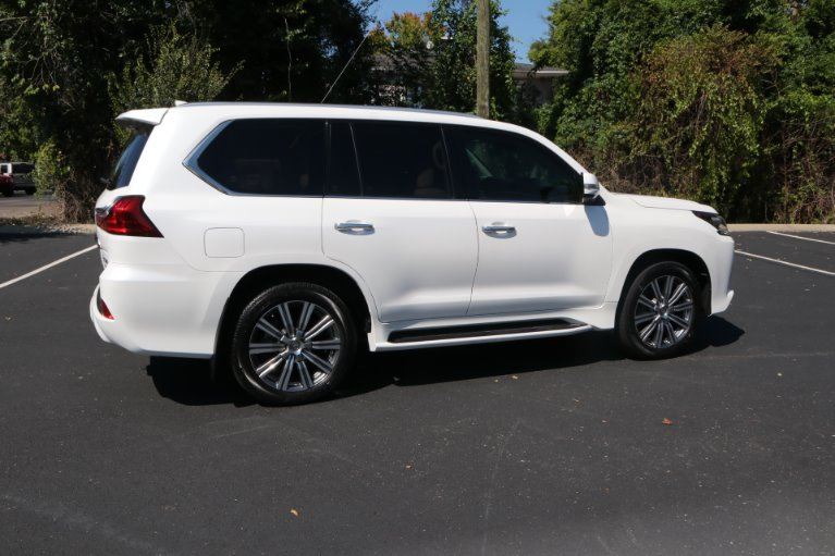 Used 2017 Lexus LX 570 for sale Sold at Auto Collection in Murfreesboro TN 37130 3