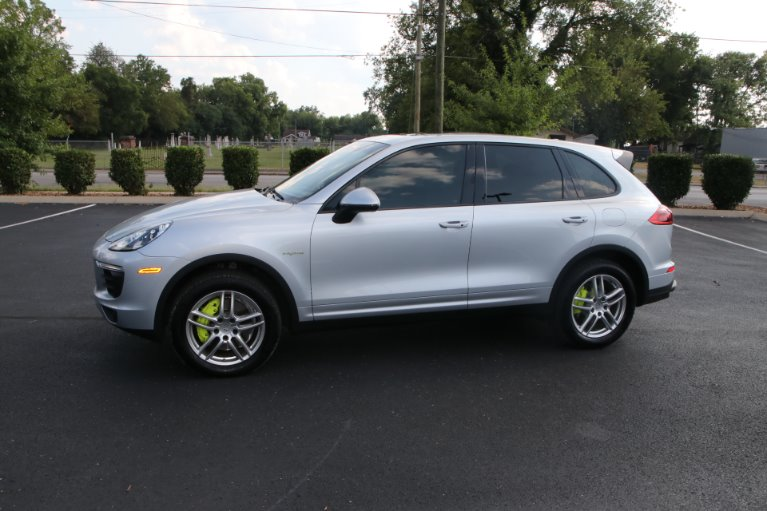 Used 2016 Porsche Cayenne S E-Hybrid for sale Sold at Auto Collection in Murfreesboro TN 37130 2