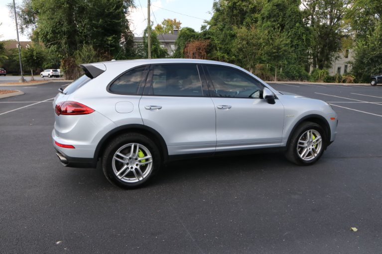 Used 2016 Porsche Cayenne S E-Hybrid for sale Sold at Auto Collection in Murfreesboro TN 37130 3