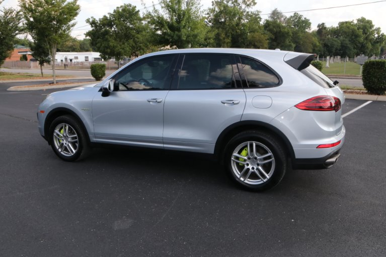 Used 2016 Porsche Cayenne S E-Hybrid for sale Sold at Auto Collection in Murfreesboro TN 37130 4