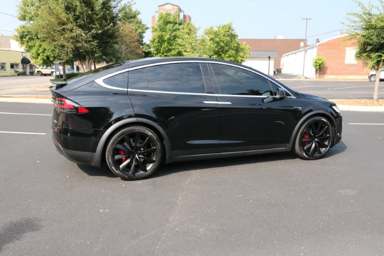 Used 2019 Tesla MODEL X Performance Ludicrous 100 D AWD Electric P100D for sale Sold at Auto Collection in Murfreesboro TN 37130 3