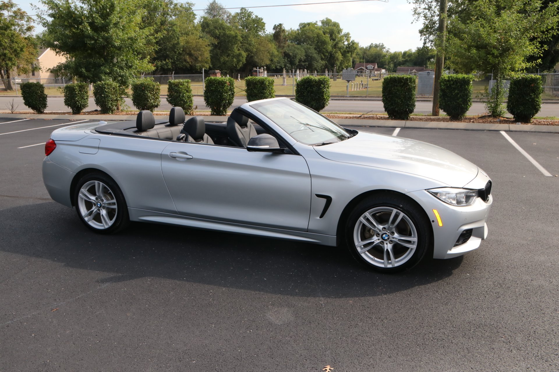 Used 2016 BMW 4 Series 428i xDrive for sale Sold at Auto Collection in Murfreesboro TN 37129 1