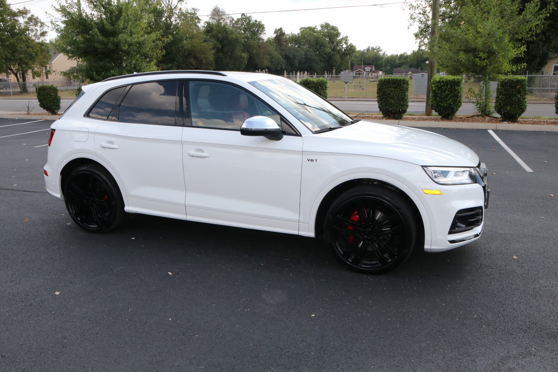 Used 2018 Audi SQ5 PRESTIGE 3.0 TFSI S SPORT AWD W/NAV 3.0T quattro Prestige for sale Sold at Auto Collection in Murfreesboro TN 37130 1