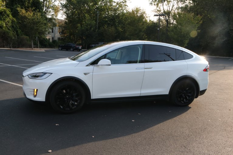 Used 2016 Tesla Model X 90D for sale Sold at Auto Collection in Murfreesboro TN 37130 2