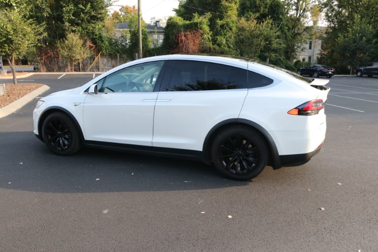 Used 2016 Tesla Model X 90D for sale Sold at Auto Collection in Murfreesboro TN 37130 4