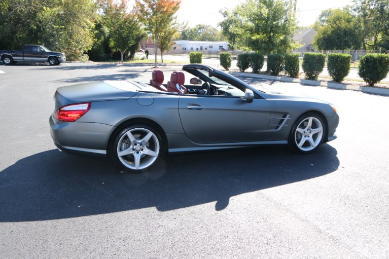 Used 2016 Mercedes-Benz SL-Class SL 400 for sale Sold at Auto Collection in Murfreesboro TN 37130 3
