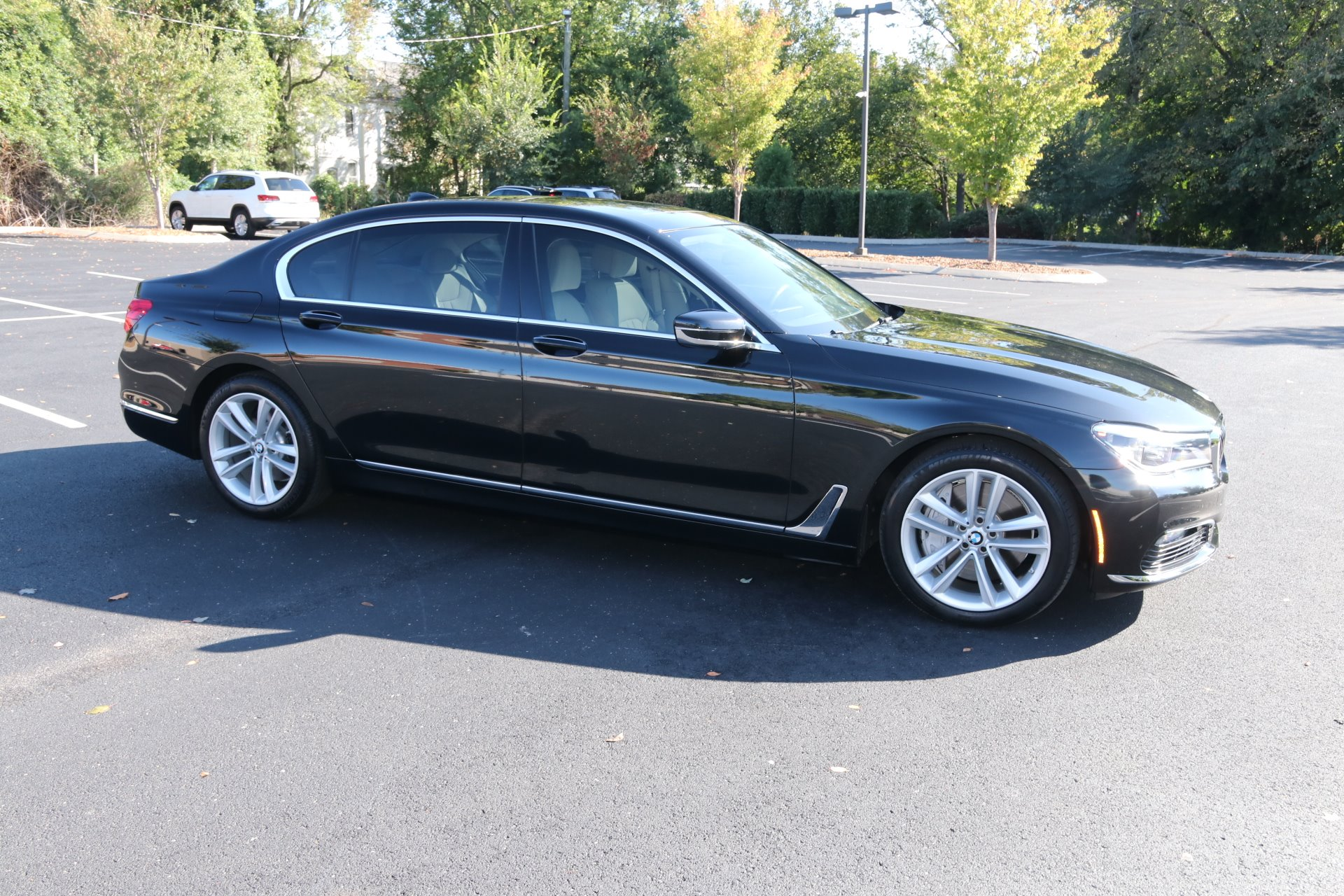 Used 2018 BMW 750I RWD W/NAV 750i for sale Sold at Auto Collection in Murfreesboro TN 37130 1