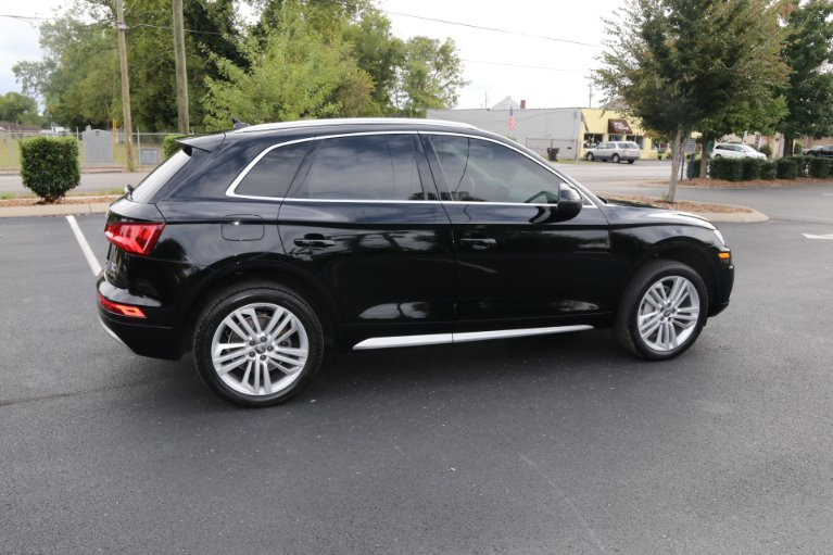 Used 2018 Audi Q5 2.0T quattro Premium Plus for sale Sold at Auto Collection in Murfreesboro TN 37130 3