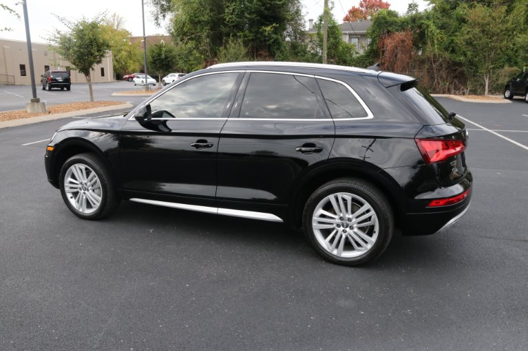 Used 2018 Audi Q5 2.0T quattro Premium Plus for sale Sold at Auto Collection in Murfreesboro TN 37130 4