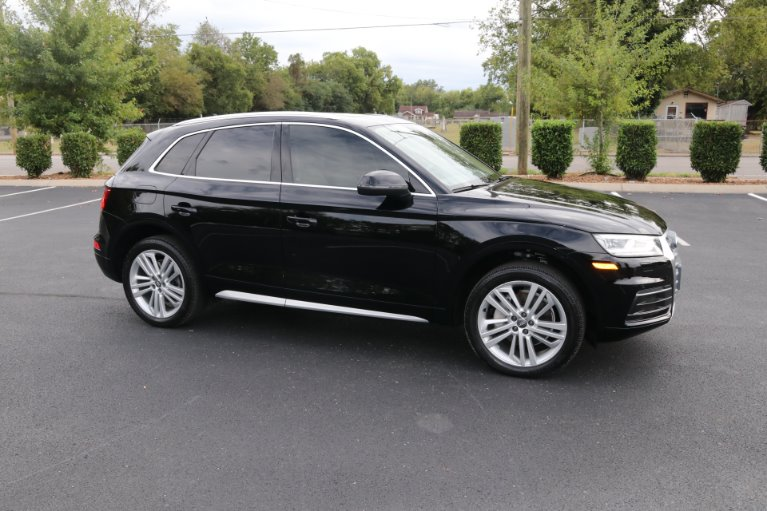 Used 2018 Audi Q5 2.0T quattro Premium Plus for sale Sold at Auto Collection in Murfreesboro TN 37130 1
