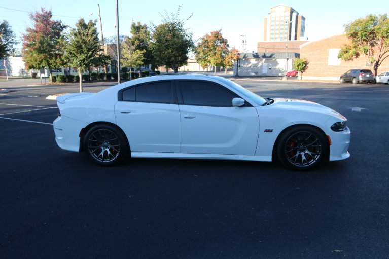 Used 2015 Dodge Charger SRT 392 for sale Sold at Auto Collection in Murfreesboro TN 37130 8