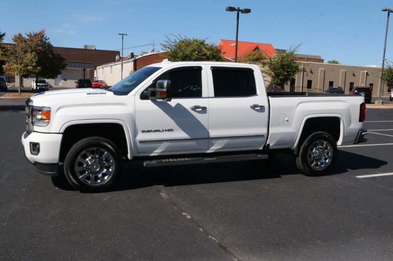 Used 2019 GMC Sierra 2500HD Denali for sale Sold at Auto Collection in Murfreesboro TN 37130 2