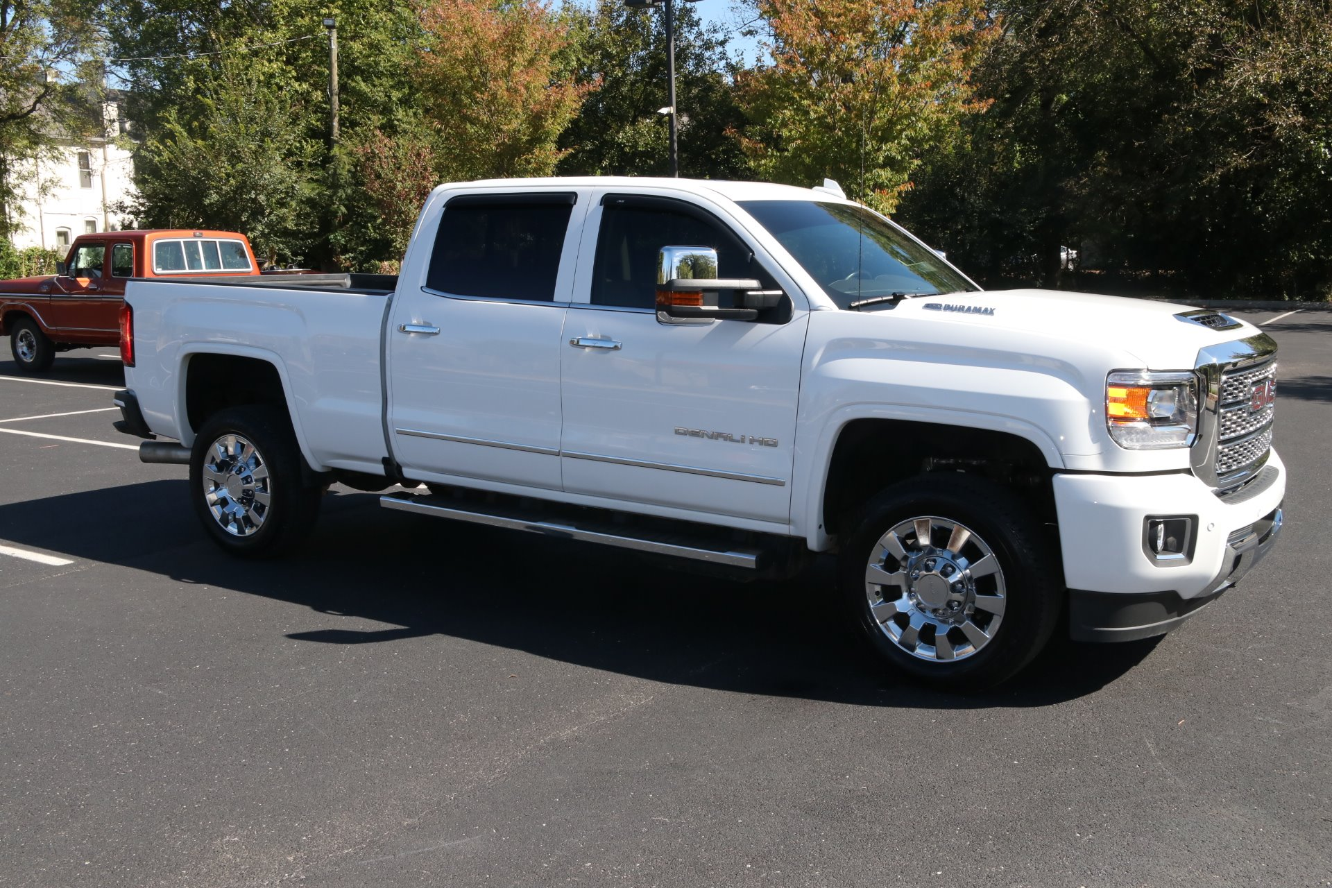 Used 2019 GMC Sierra 2500HD Denali for sale Sold at Auto Collection in Murfreesboro TN 37130 1