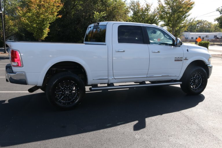 Used 2017 Ram Ram Pickup 2500 Laramie Limited for sale Sold at Auto Collection in Murfreesboro TN 37130 3