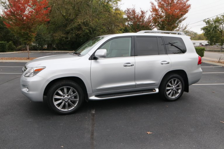 Used 2009 Lexus LX 570 for sale Sold at Auto Collection in Murfreesboro TN 37130 2