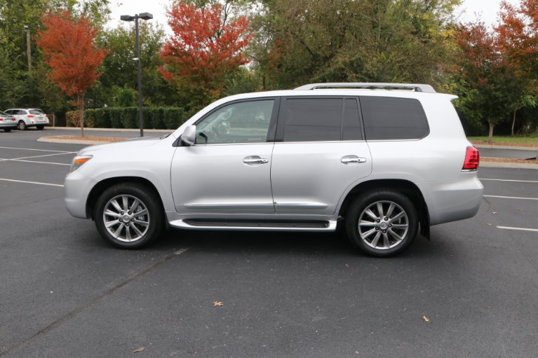 Used 2009 Lexus LX 570 for sale Sold at Auto Collection in Murfreesboro TN 37130 7