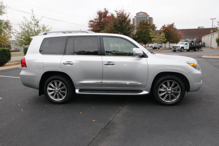 Used 2009 Lexus LX 570 for sale Sold at Auto Collection in Murfreesboro TN 37130 8