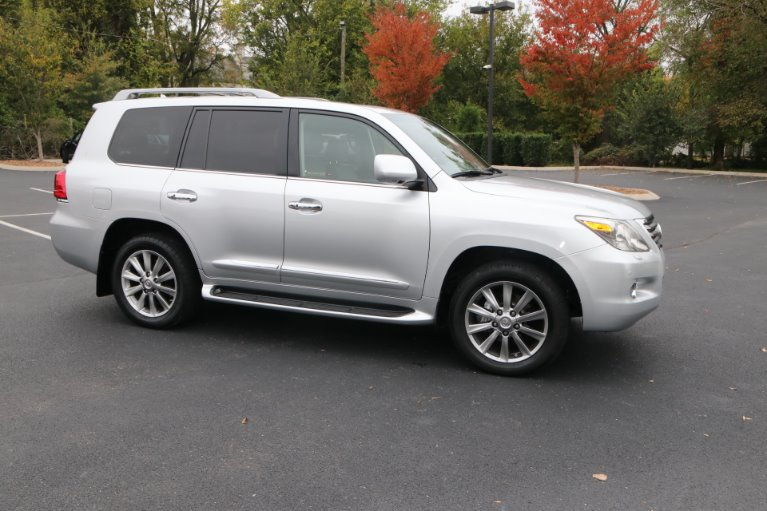 Used 2009 Lexus LX 570 for sale Sold at Auto Collection in Murfreesboro TN 37130 1