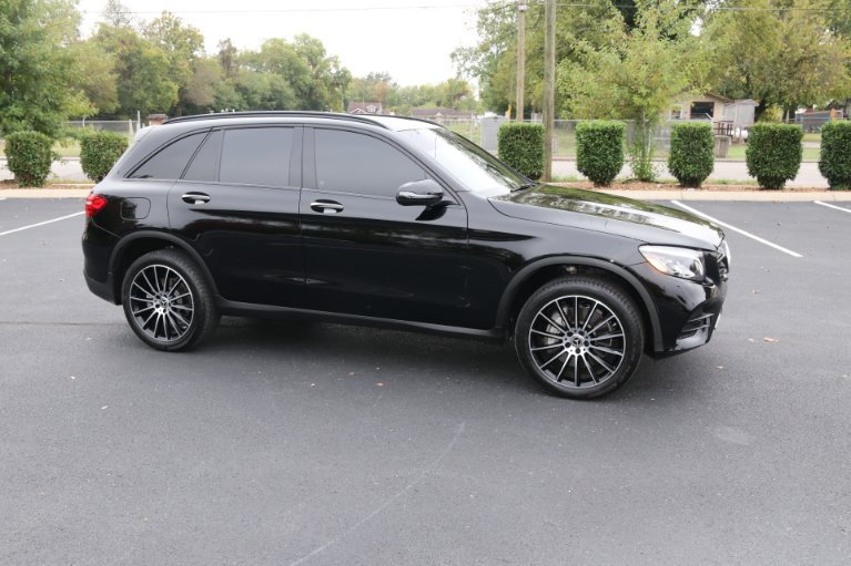 Used 2019 Mercedes-Benz GLC GLC 300 for sale Sold at Auto Collection in Murfreesboro TN 37130 1