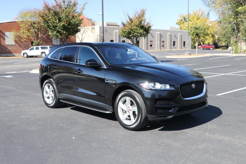 Used 2019 Jaguar F-PACE 25T PREMIUM AWD W/NAV 25T for sale $35,950 at Auto Collection in Murfreesboro TN 37130 1